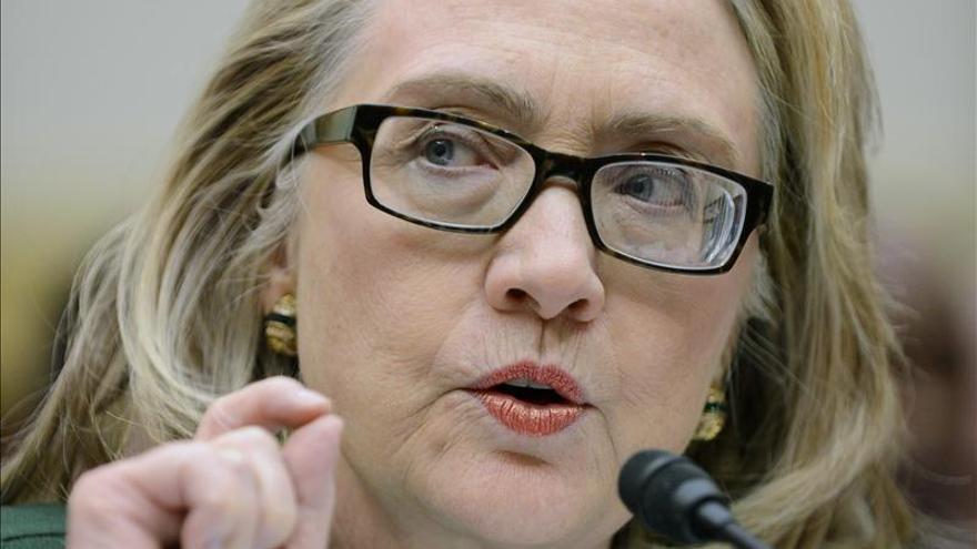 Hillary Clinton recibe un premio por su defensa de los derechos humanos