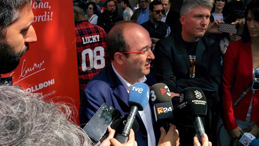 """Iceta ve """"raro"""" que se critique a Santamaría por dar su apoyo a la Diada de Sant Jordi tras ser invitada"""