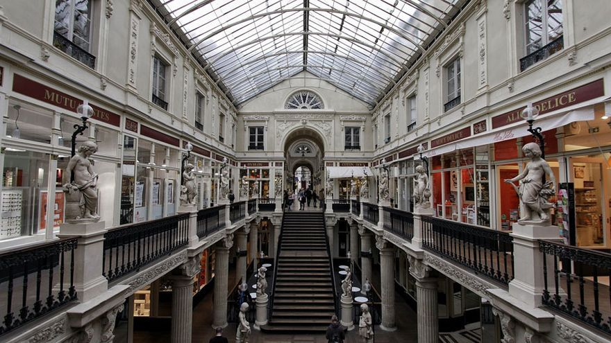 Interior de la galería comercial del Passage Pommeraye.