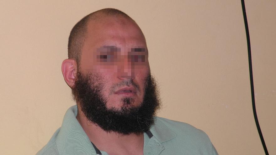El preso detenido en Córdoba por adoctrinar yihadistas es un exmilitar de nacionalidad española