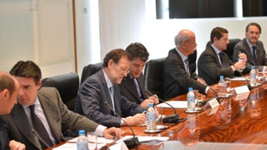 Rajoy Se Reúne Con La Industria Del Automóvil
