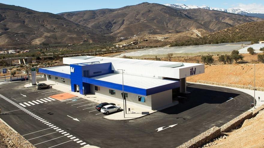 Uno de cada cuatro vehículos inspeccionados en Almería no superó la ITV durante el primer semestre del año