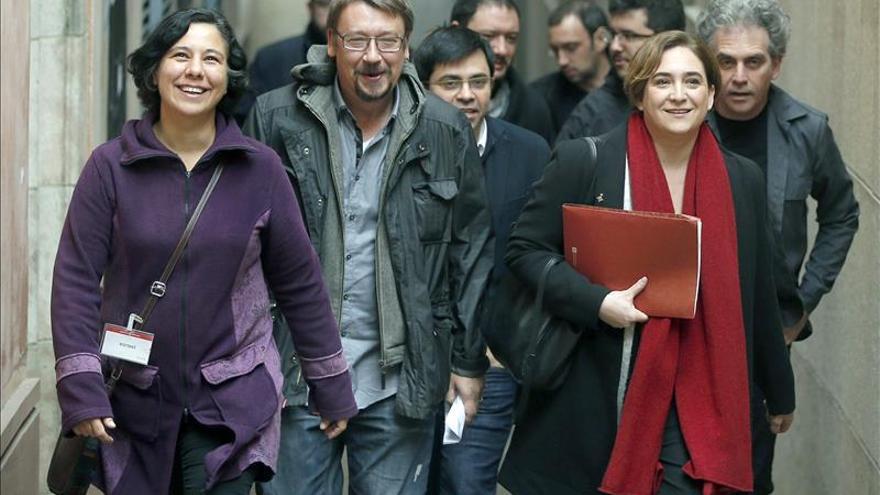 """Domènech critica que el PSOE marque """"líneas rojas"""" con el referéndum"""