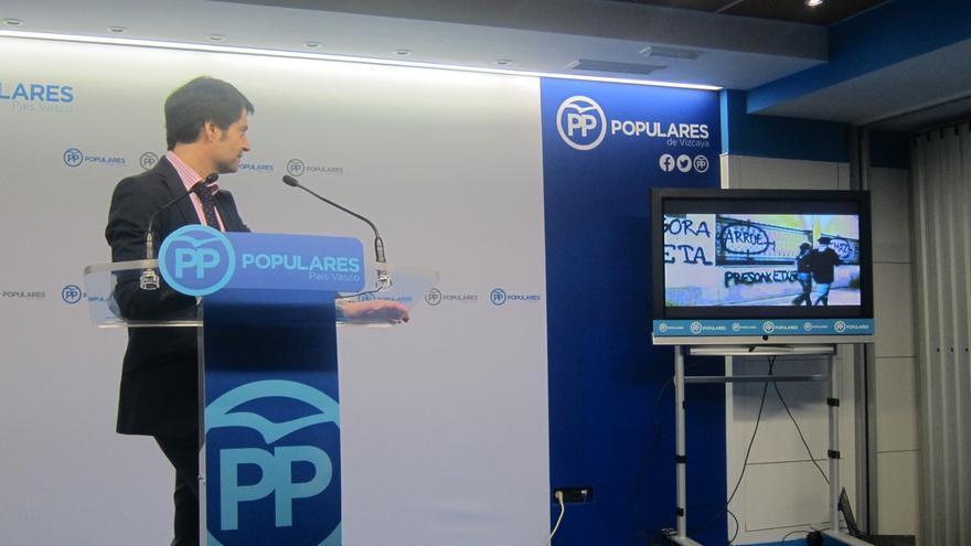 Rajoy entregará este sábado en Durango el Premio Jesús Mari Pedrosa a los ediles del PP vasco, por su lucha contra ETA