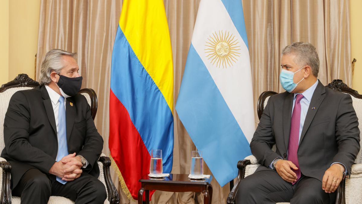 El presidente Alberto Fernández habló desde Perú, donde asistió a la asunción de Castillo y además mantuvo una reunión con su par de Colombia, Iván Duque.