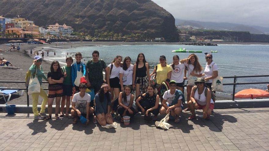En la imagen, el grupo de alumnos que ha participado en la campaña.