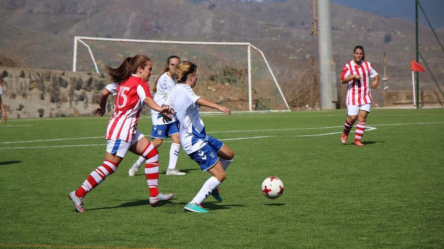 Imagen del CD Tenerife-CDA Granadilla de féminas disputado este sábado en la Ciudad Deportiva Javier Pérez.