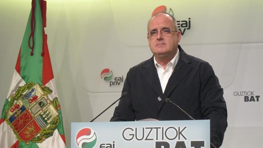 """Egibar (PNV) cree que EH Bildu presentará candidatura a lehendakari, aunque se mantienen los """"procesos negociadores"""""""