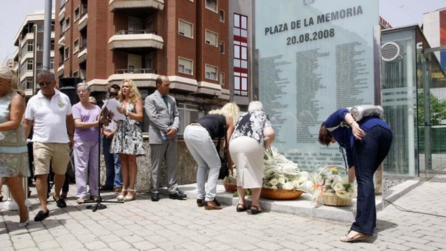 De los homenajes a las víctimas #4