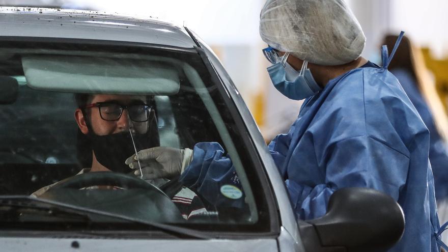 Argentina suma 12.141 positivos y 235 nuevas muertes por coronavirus
