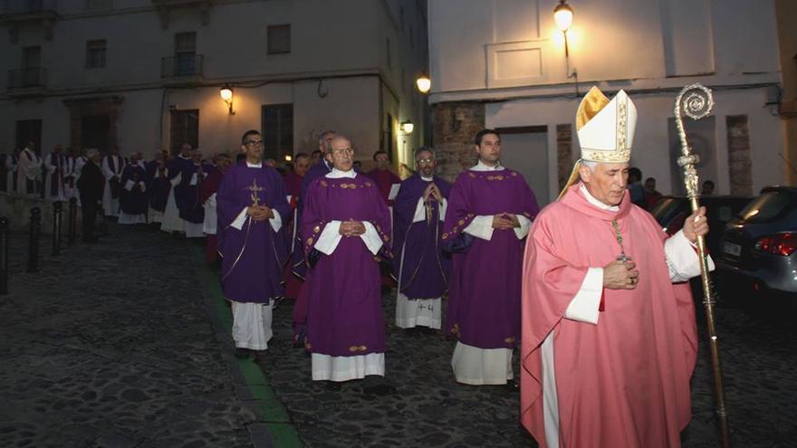 Imagen de Rafael Zornoza, obispo de Cádiz y Ceuta.