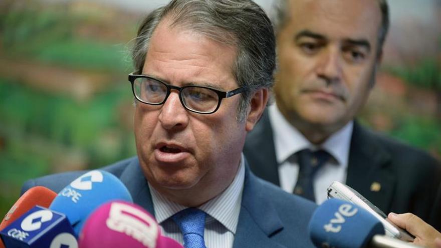 """Examinadores reclaman el cese del director de la DGT por su """"incapacidad"""""""