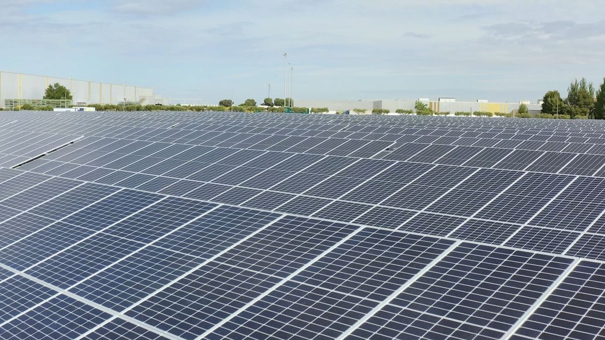 Planta fotovoltaica Stellantis.