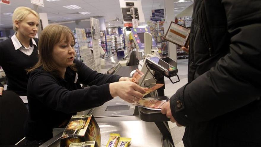 La mitad de los hogares ha reducido su gasto en la compra, según un estudio