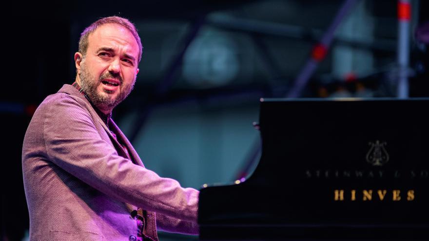 El piano de Moisés Sánchez enciende la noche del Festival de Jazz de Vitoria