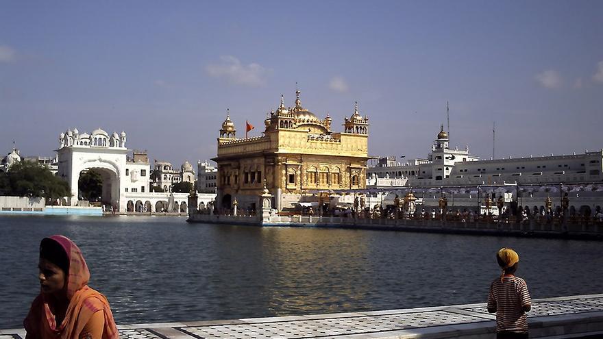 Templo Dorado en la ciudad de Amristar, capital espiritual de los Sijs. CANARIAS AHORA