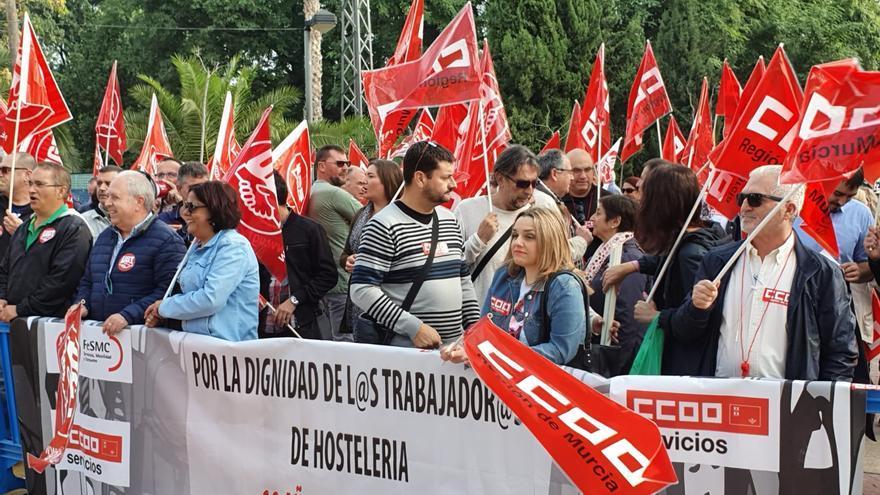 Manifestación de CCOO y UGT por el bloqueo del convenio de hostelería
