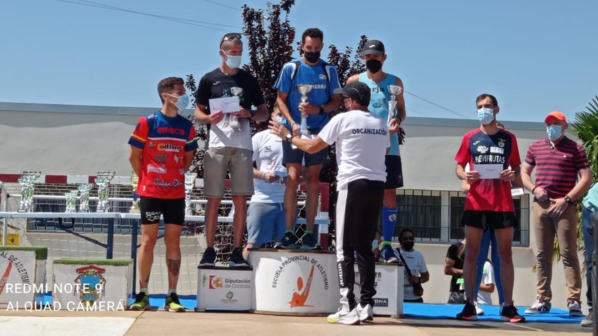 Antonio Montero, tras vencer en la Media Maratón Villa de Puente Genil