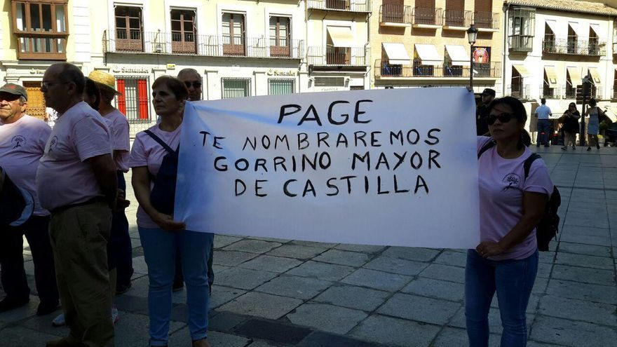 Los mensajes al presidente castellano-manchego han sido los más repetidos