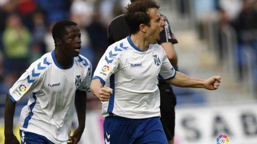Imagen del encuentro en el Heliodoro Rodríguez López entre el CD Tenerife y la UD Almería.