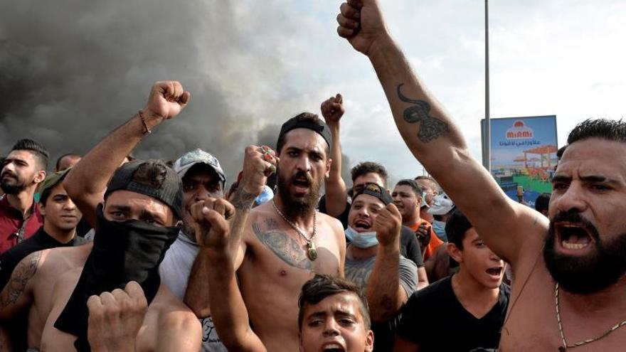 Las protestas ponen al Gobierno entre la espada y la pared en el Líbano