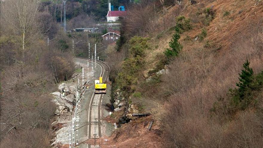 Restablecido el tráfico ferroviario entre Cantabria y la Meseta