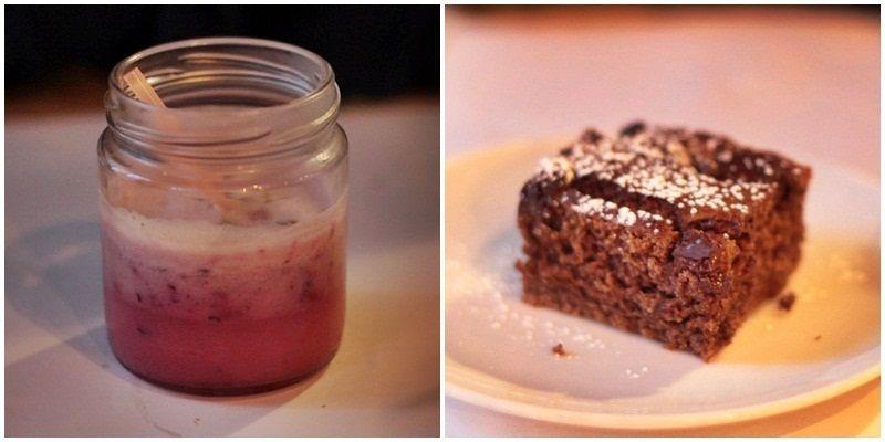 Batido con leche de arroz y arándanos, junto al clásico bizcocho de chocolate | R. ANGULO