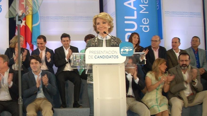"""Aguirre dice que ella seguirá la misma estrategia, que es """"hablar claro"""", y que Rajoy estará en la campaña en Madrid"""