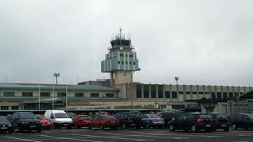 Aeropuerto de Santiago de Compostela (A Coruña)