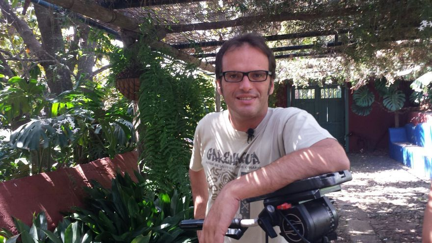 En la imagen, Sergio Taño en la Finca Principal de Breña Alta.