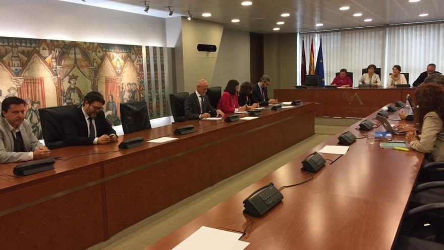 La Asamblea de Murcia celebrará el próximo jueves el pleno de investidura de López Miras