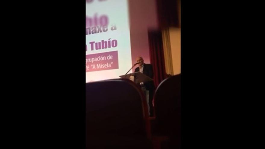 Captura de la grabación de la intervención de Santiago Freire, alcalde de Noia