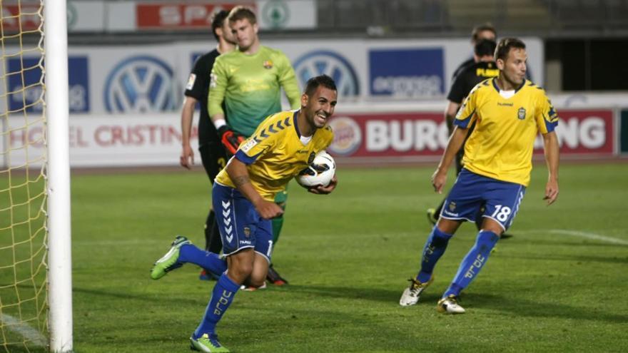Nauzet Alemán celebra un gol anotado con la UD Las Palmas.