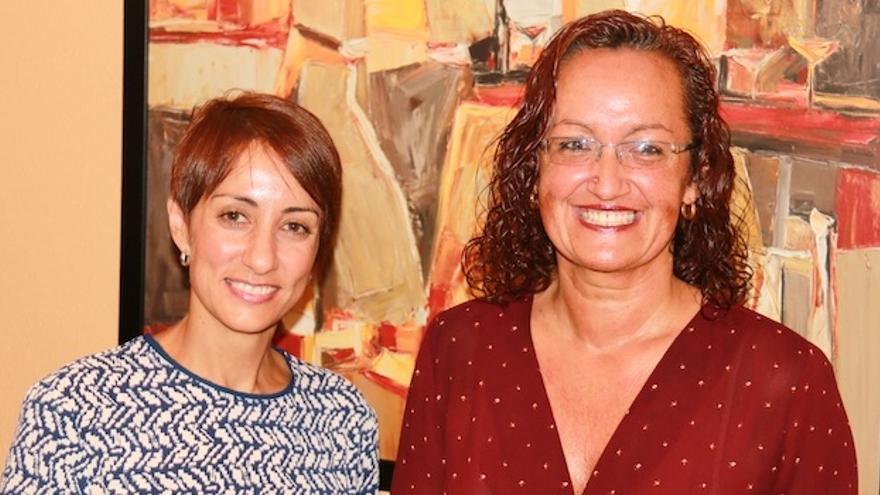 La alcaldesa de Mogán, Onalia Bueno y la concejal del PSOE Pino González (Maspalomas Ahora)