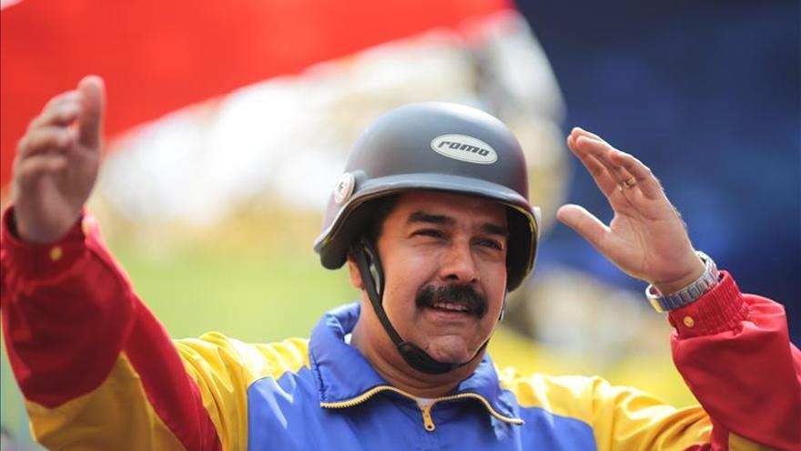 """Maduro anuncia la detención de un """"mercenario"""" que estaba preparando carros bomba"""