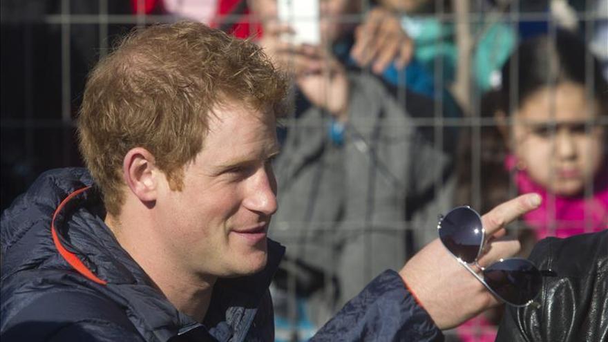 El príncipe Enrique de Inglaterra podría dejar el Ejército