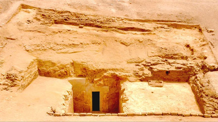 Entrada a la tumba tebana 209