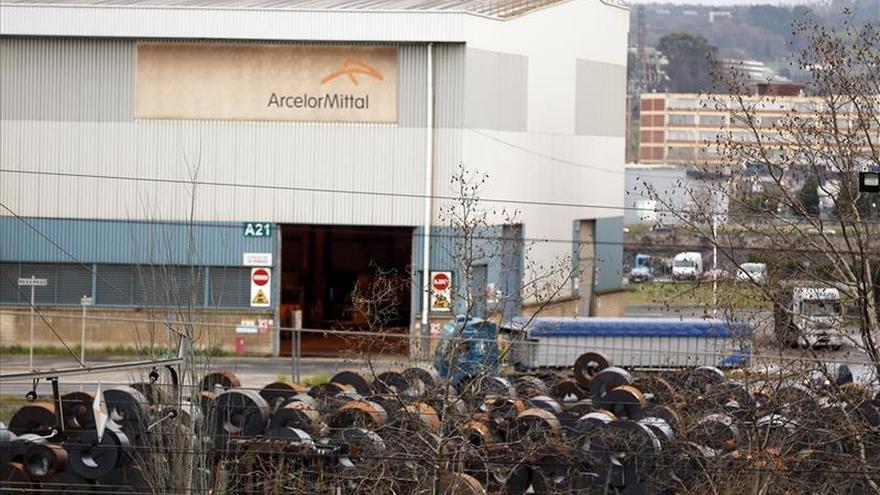 """El alcalde de Sestao: hay """"margen de maniobra"""" para no cerrar Arcelor Mittal"""