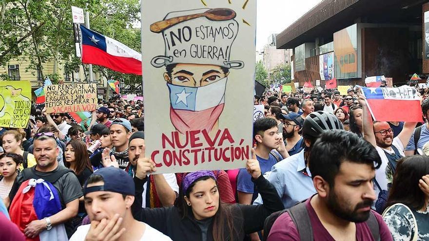 Manifestación a favor de una nueva Constitución en Chile