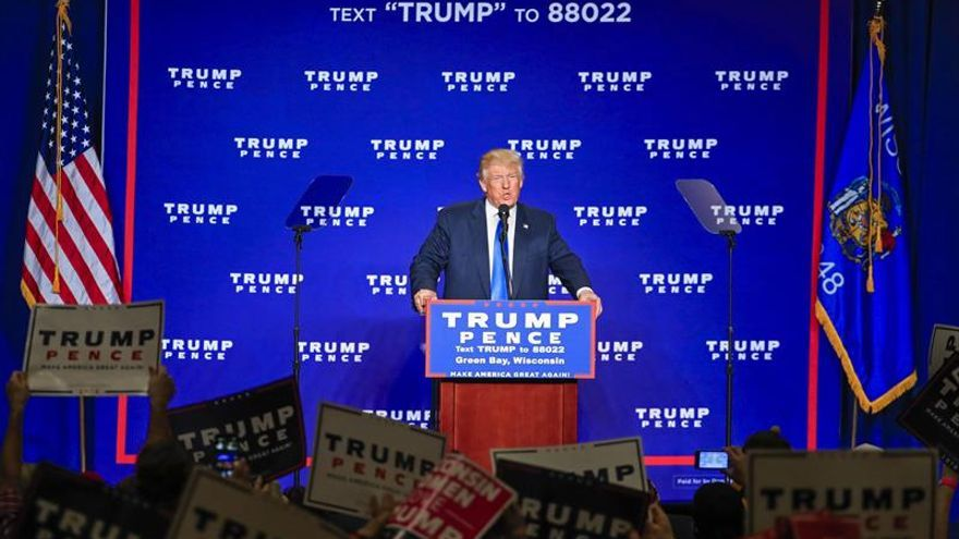 Trump afirma que EE.UU. pagará por el muro fronterizo y México lo reembolsará