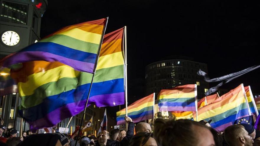 Autorizan la primera adopción de una pareja homosexual en Puerto Rico