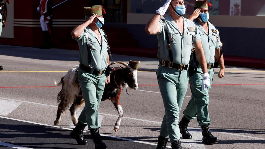 Vista general del desfile con motivo de la celebración de la Fiesta Nacional del 12 de Octubre, este martes en Madrid.
