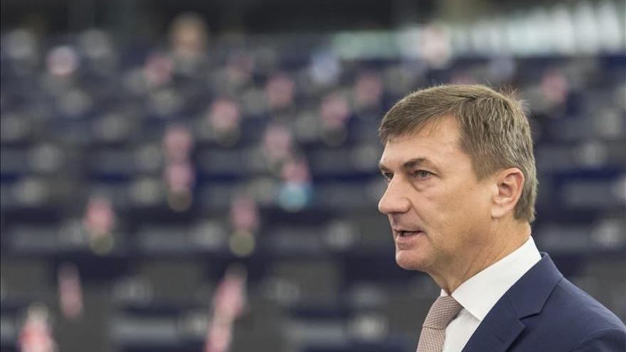 La UE quiere un nuevo acuerdo de protección de datos con EEUU en tres meses