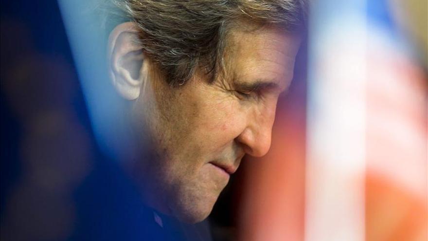 Kerry exige a Al Asad que cumpla sus compromisos o se tomarán medidas