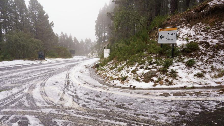 Reactivado el operativo de carreteras para subir al Teide este fin semana