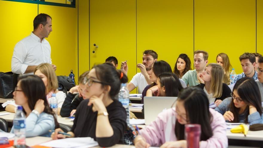 La UPNA pone en marcha una encuesta para evaluar la satisfacción de los estudiantes con la docencia