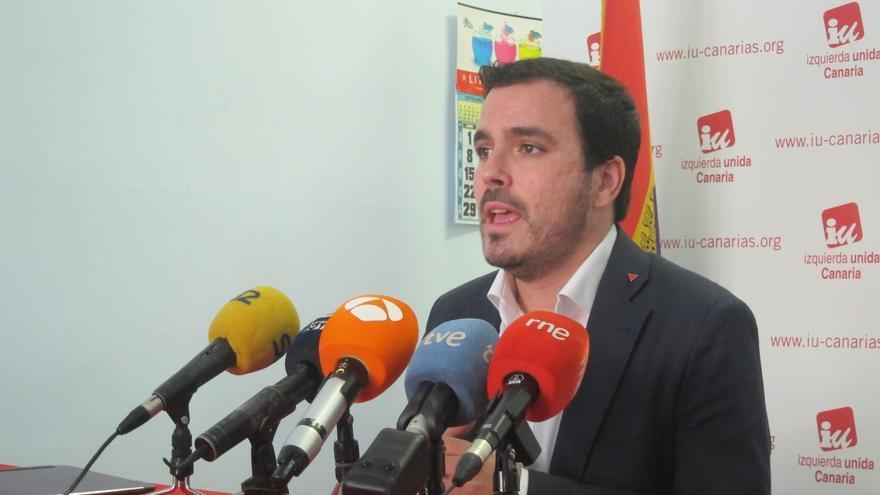 Alberto Garzón, en la rueda de prensa de este viernes en Santa Cruz de Tenerife
