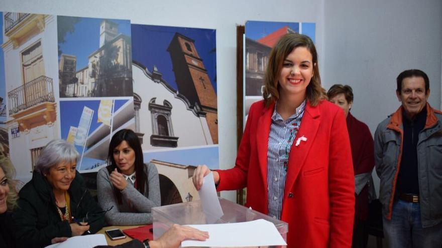 Sandra Gómez vota en las primarias socialistas en la ciudad de Valencia