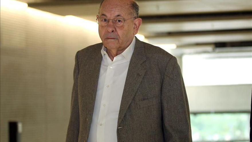 Fèlix Millet llega en silencio a la Audiencia para afrontar su primer juicio