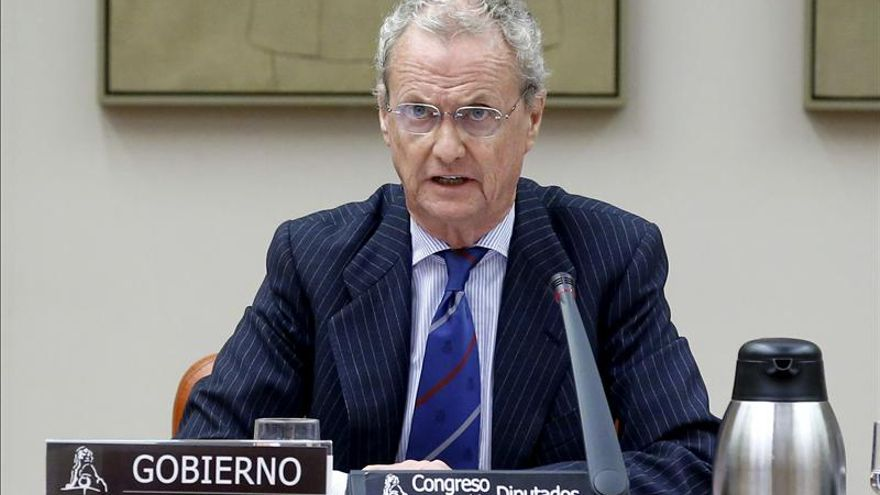 Andalucía pide a EEUU y a Morenés que frenen 150 despidos en la Base de Morón